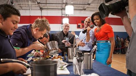 ht michelle obama cooking competition ll 120522 wblog First Lady Launches Lunch Contest For Kids State Dinner