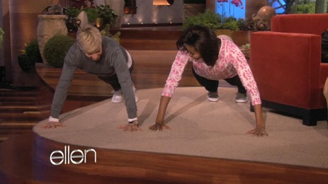 ht michelle obama ellen wy 120202 wblog Michelle Obama Does 25 Push Ups