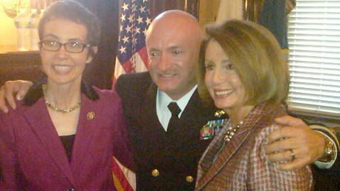 ht nancy pelosi gabby giffords twitter thg 111006 wblog Rep. Gabrielle Giffords Steals Show at Husbands White House Retirement Ceremony