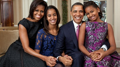 ht obama family portraits 2011 thg wblog New First Family Portrait