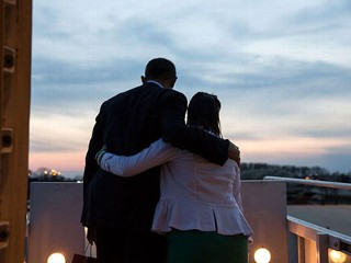 "PHOTO: The White House tweeted this Photo of the Day,""President Obama & @JillianLouise25, whose sister was a teacher killed in Newtown, on Air Force One."""
