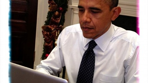 ht obama tweets tk 121203 wblog Obama on Twitter Confronts Skeptics of Tax Hike for Rich
