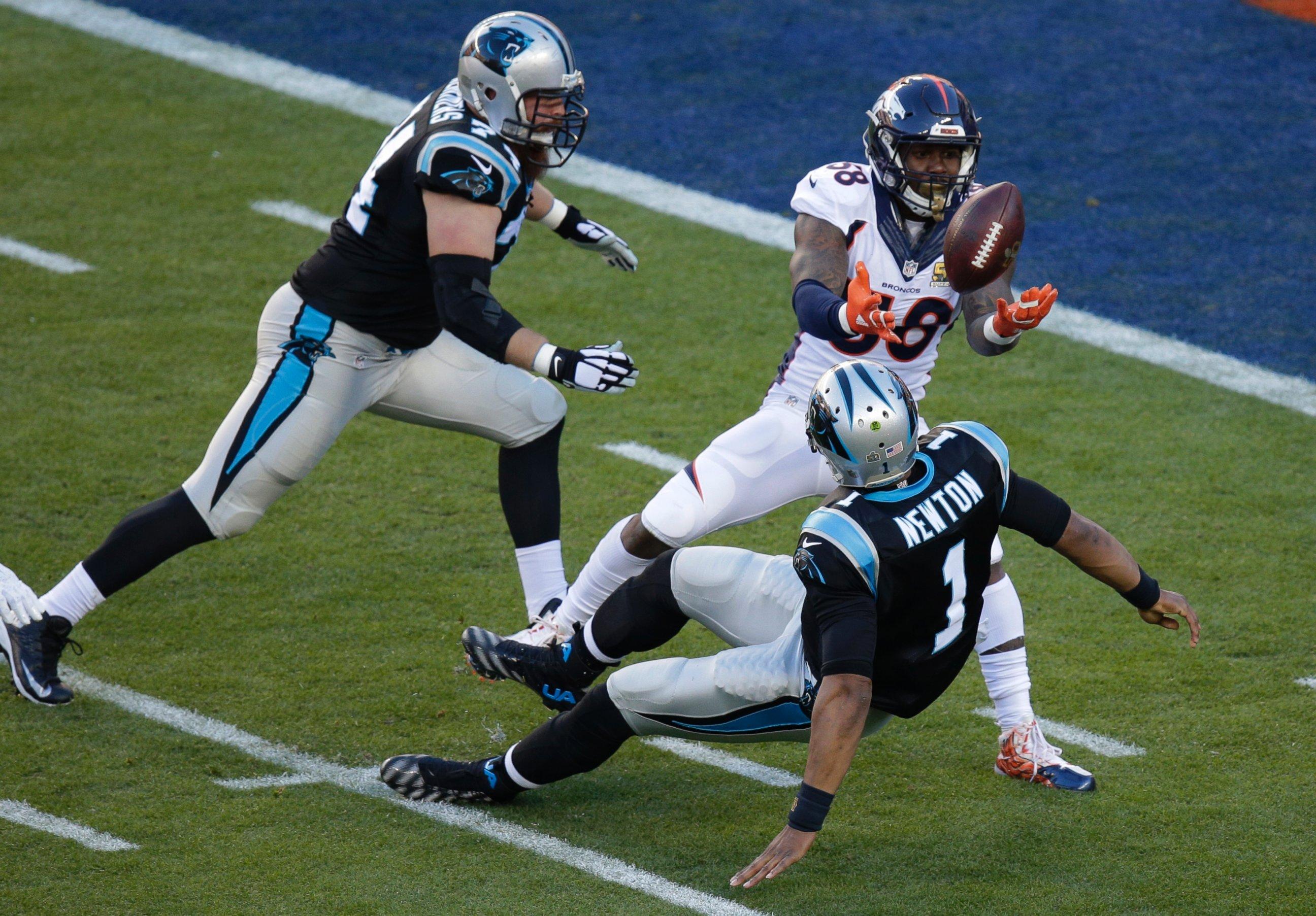 save off fc265 4c542 ... Mens Denver Broncos linebacker Von Miller strips the ball from Carolina  Panthers quarterback Cam Newton during the Nike Denver Broncos 58 ...