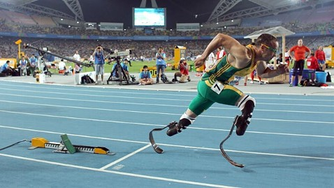gty oscar pistorious ll 120704 wblog Blade Runner Oscar Pistorius Selected for London Olympics