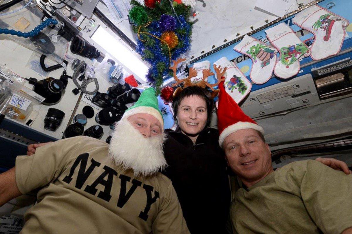 На МКС готовы встречать Рождество