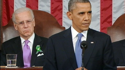 abc joe biden barack obama ll 130212 wblog State of Union: Twitter Buzzes About Joe Bidens Glasses and Eye