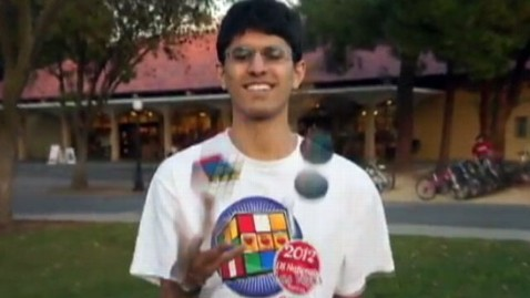 abc sir ravi jef 130301 wblog Stanford Student Sir Ravi the Juggler Solves Rubiks Cube While Juggling