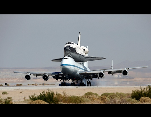 Endeavor Space Ship and Crew - Pics about space