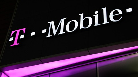 ap t mobile ll 111125 wblog T Mobile to Offer Unlimited 4G Data for Phones Starting Sept. 5