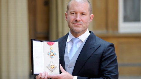 gty jonathan ive knighted thg 120523 wblog Jony Ive, Apple Designer of iPod and iPhone, Is Now a Knight