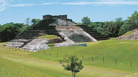 gty mayan ruins comalcalco ll 111125 wblog Apocalypse 2012 Back On? Second Mayan Inscription Uncovered