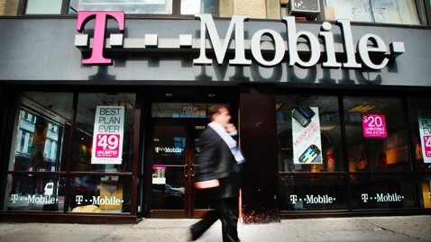 gty t mobile nt 130327 wblog T Mobile Offers Refunds for No Contract Offer
