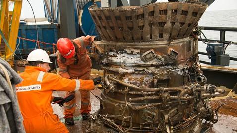 ht apollo 11 f1 tk 130320 wblog Amazon CEO Recovers NASAs Apollo Engines from Ocean Deep