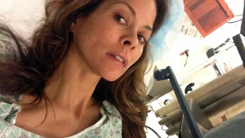 ht brooke burke thyroid cancer nt 121206 wmain wblog Brooke Burke Charvet Tweets About Cancer Surgery