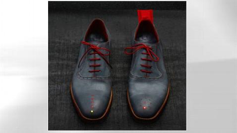 ht dominic wilcox gps shoes thg 120919 wblog GPS Shoes Navigate You Home