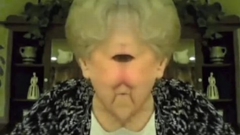 ht grandparents discover photobooth cyclops thg 120315 wblog Grandparents Discover Photobooth YouTube Goes Viral