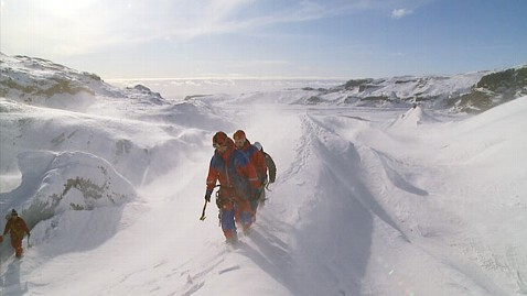 ht ice sars01 jp 121130 wblog In Iceland, All Volunteer Force Makes Daring Glacier Rescues