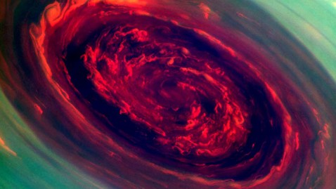 ht saturn storm jef 130430 wblog NASA Captures Monster Hurricane from Space