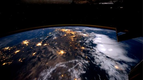 ht space station earth ll 110920 wblog Climate Change Report: Weather Extremes Increasing