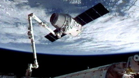 ht spacex iss robotic arm 1 ll 120525 wblog Nightline Daily Line, May 25: Honoring Memorial Day