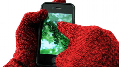 ht swype gloves thg 121213 wblog Gadget Gift Guide: Best Gifts for Her