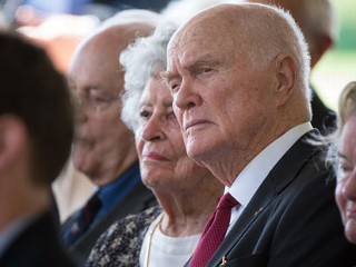 PHOTO: Astronaut John Glenn with his wife attend the memorial service for Neil Armstrong on August 31, 2012 in Cincinnati, OH.