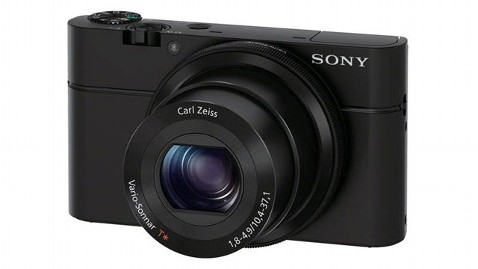 sony rx100 wblog Gadget Gift Guide: Best Cameras