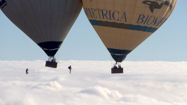 ABC flying frenchies jef 140319 16x9 608 Facing Fear of Heights With French Daredevils in Death Defying Hot Air Balloon Stunt