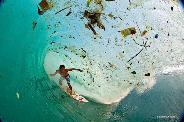 HT trash wave nt 130807 3x2 608 Waves of Trash in Surfer Paradise