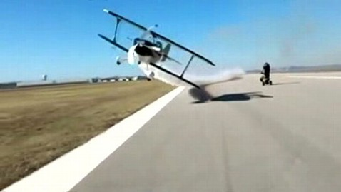 abc plane stunt video lpl 130124 wblog FAA Probes Pilot in Risky Plane Stunt Video
