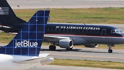 ap hurricane sandy travel lt 121028 wblog Airlines, Hotels Brace for Hurricane Sandy