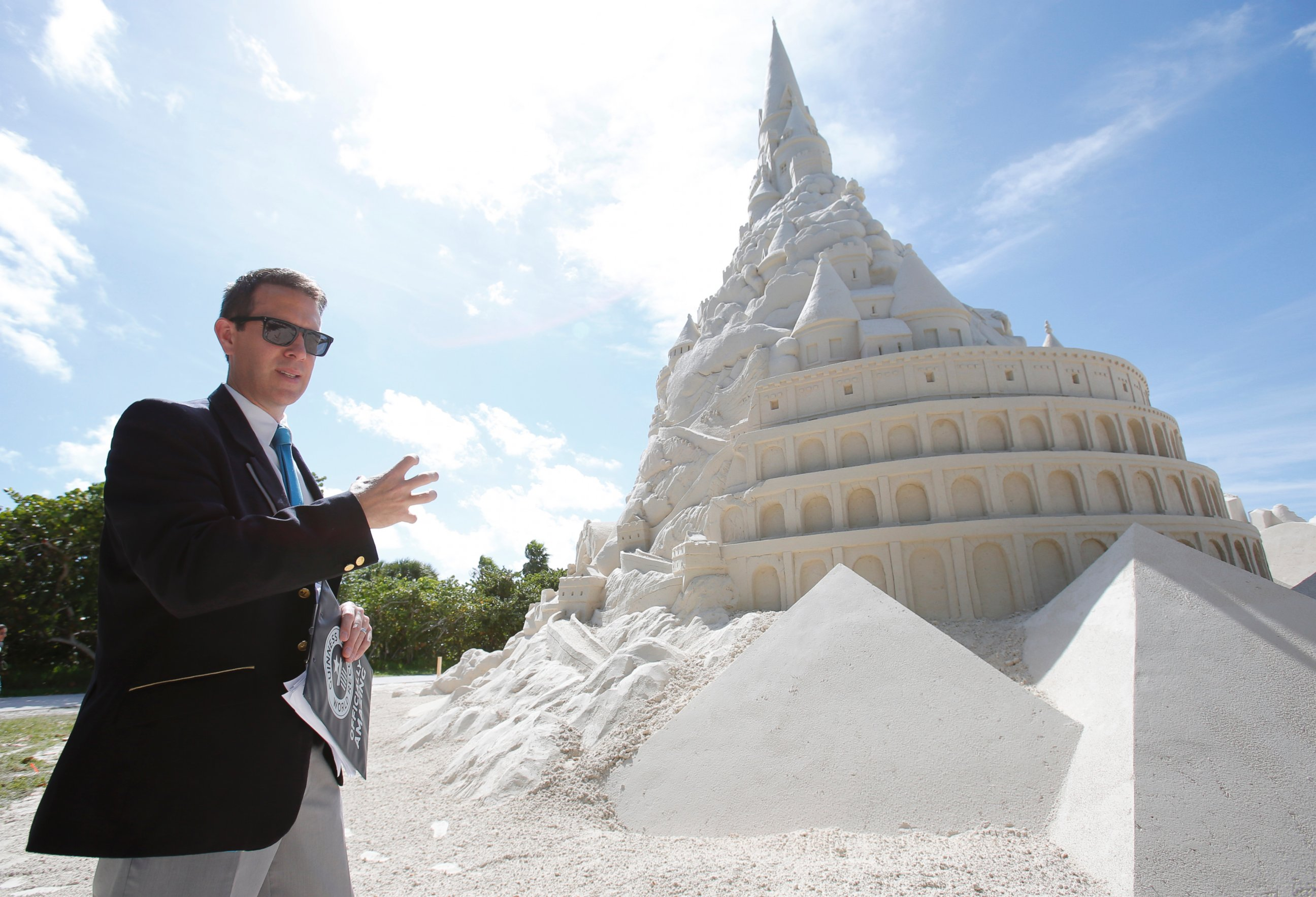 photo guinness world records limited adjudicator philip robertson explains the criteria needed for a record attempt to build the tallest sand castle