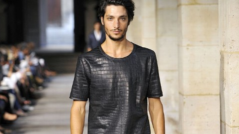 gty hermes shirt 91000 thg 130328 wblog This T Shirt Costs $91,500