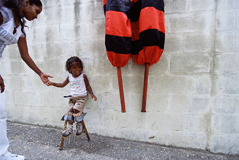 ht stefan falke child jp 120523 wblog Above The Ground: Stilt Walking School in Trinidad