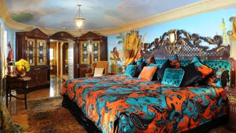 Largest Bed Size Image credit: Villa by Barton G