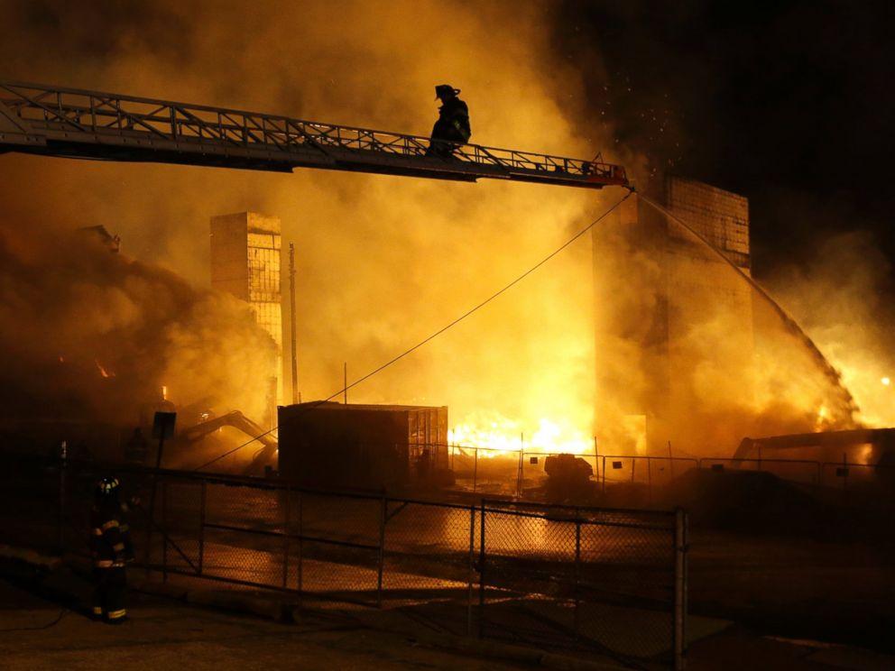 https://abcnews.go.com/images/US/AP_Baltimore_fire_bc_150427_4x3_992.jpg