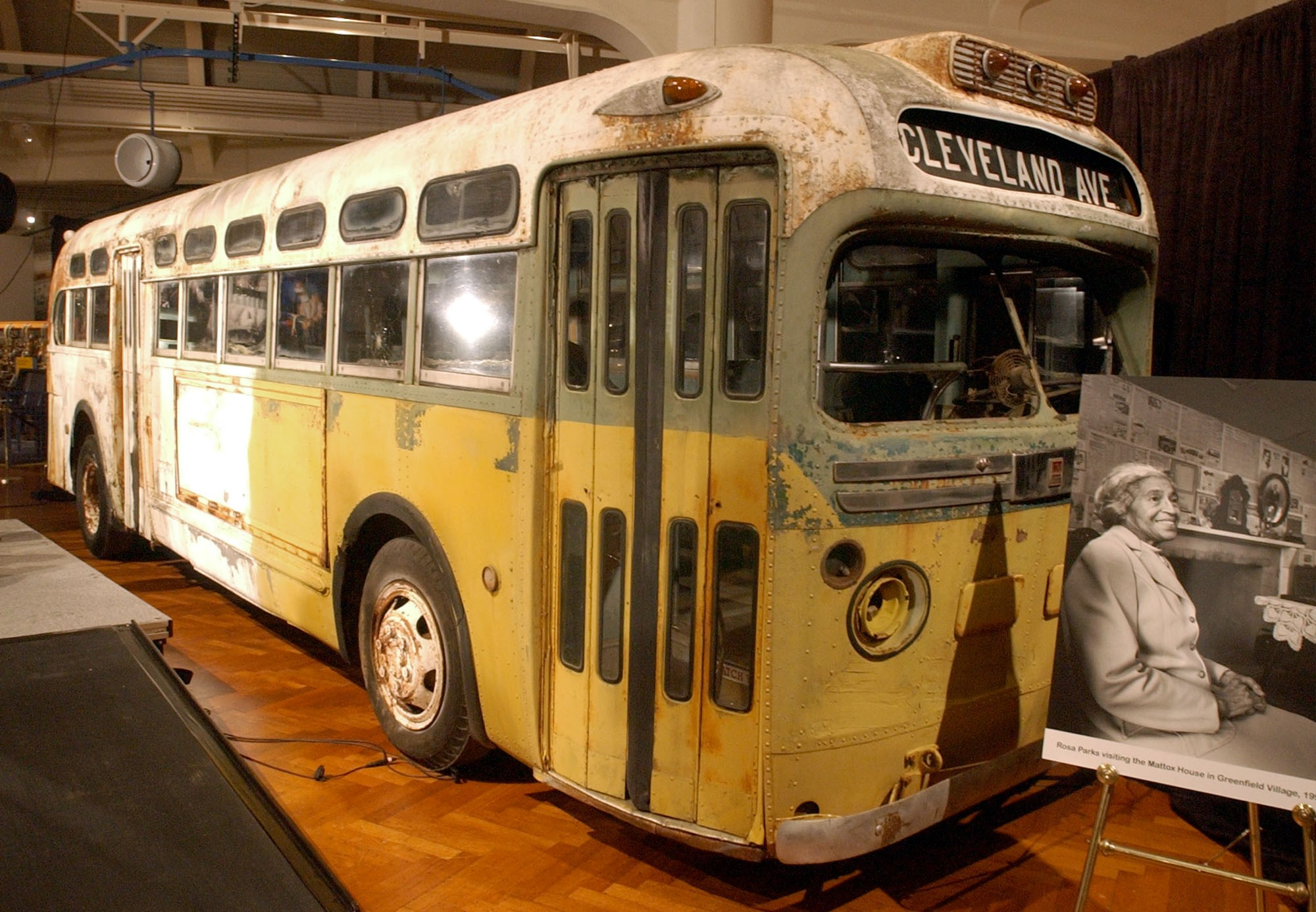 rosa parks and the montgomery bus Many of us grew up in school learning the story of mrs rosa parks and the montgomery bus boycott as a neat, tidy story of individual heroism mrs parks.