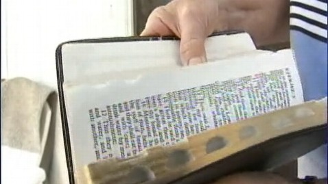abc 120204 abc bible saves4 jt 120204 wblog Woman Uses Bible Verses to Ward Off Attacker