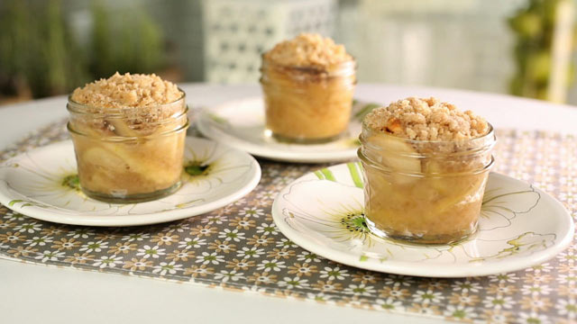 abc Apple Crisp Mini Pies kb 120907 wmain Its Pi Day Friday! Eat Pie Today From Morning to Night