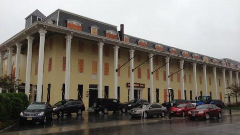 abc Hurrican sandy 8046 nt 121029 wblog Despite Hurricane Sandy, Americas Oldest Seaside Hotel Stays Open