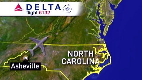 abc airplane emergency dm 111117 wblog Pilot Locked in Restroom Causes Mid Air Terror Scare