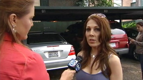 abc andrea villareal jp 121003 wblog Texas Woman Allegedly Robbed by Idiot Neighbors