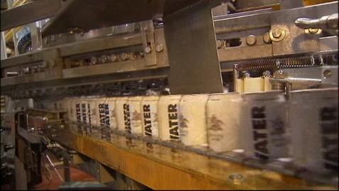 abc anheuser busch beer jt 121104 wblog Superstorm Sandy Relief: Anheuser Busch Turns Beer Into Water