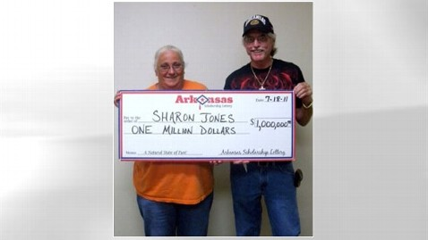 abc arkansas lottery 3 nt 120126 wblog Ark. Woman Who Tossed $1M Lottery Ticket Gets Prize
