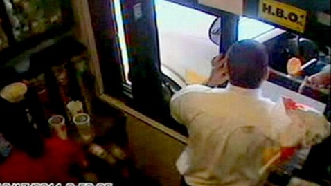 abc fast food attack jef 111220 wblog Civics Teacher Arrested in McDonalds Hash Brown Smackdown