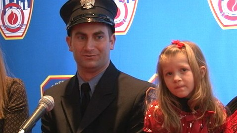 abc fdny wildes blood donation tk 120125 wblog Girl Meets Firefighter Who Saved Life With Bone Marrow