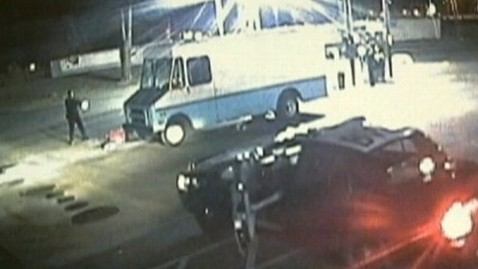 abc gas station dm 121008 wblog $4,500 in Gas Siphoned in Latest Calif. Pump Heist