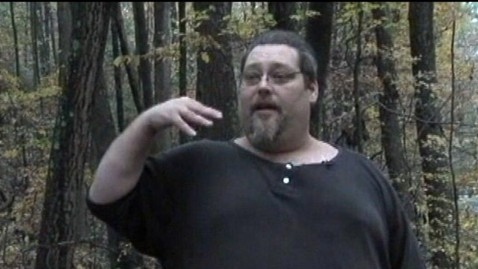 abc gma bigfoot 4 jt 121021 wblog Pennsylvania Man Says Bigfoot Vandalized His Winnebago RV
