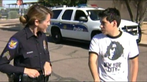 abc knxv copgift natalie simonick jt 130511 wblog Arizona Police Officer Gives Bike to Teen Who Walks 9 Miles to Work