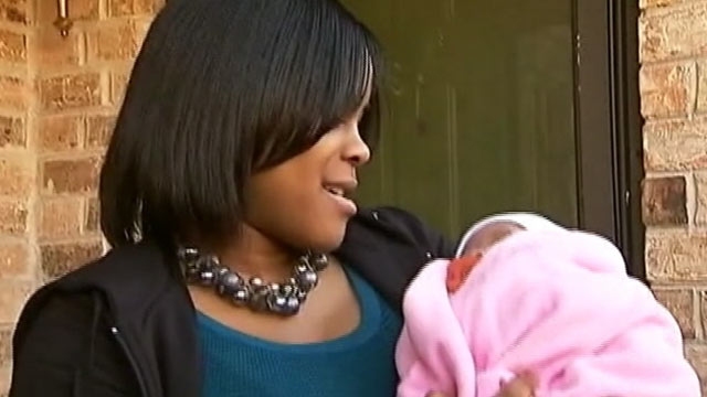 abc naquelle ballard stolen baby thg 120106 wmain Baby Kidnapper Says She Was Trying to Replace Miscarried Baby